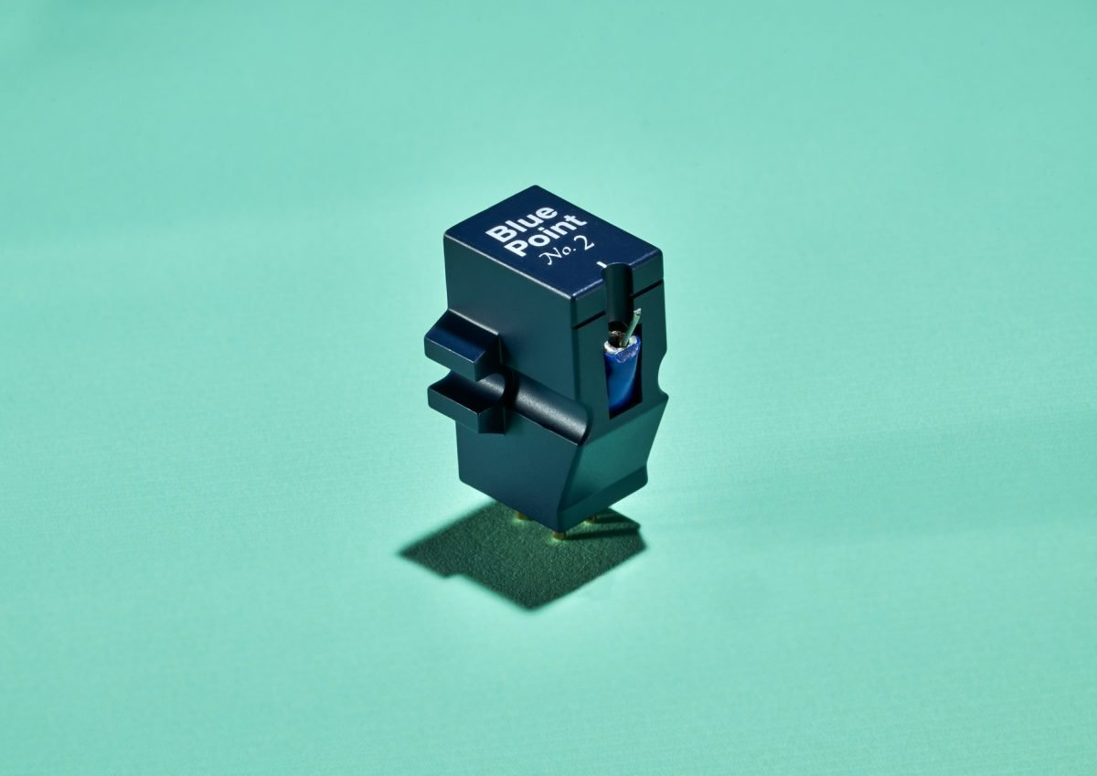 Sumiko Blue Point No. 2 High-Output Moving Coil Phono Cartridge w/ Low-Mass Elliptical Stylus — For Use w/ MM Phono Preamps